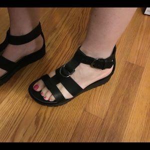 New Naked Feet Hadar Black 7.5